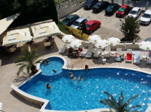 Royal Cove Aparthotel 3*