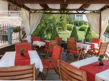 Alexandra Hotel  3*