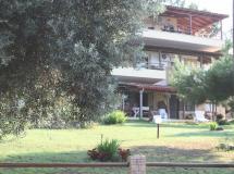 Bambola Apartments