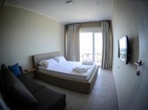 Отель Crown Hotel