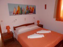 Отель Elena Apartments