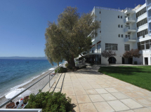 Siagas Beach Hotel  3*