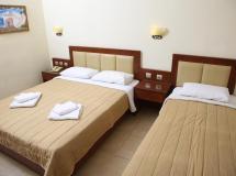 Отель Zeus Hotel