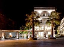 Pollis Hotel 4*