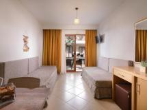 Apanemia By Flegra Hotels 2020