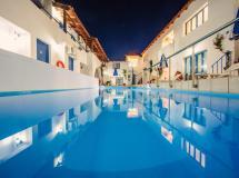 Iliana Apartments & Hotel 2*