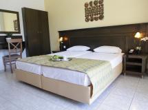 Отель Sarantis Hotel