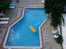 Iro Hotel 2*