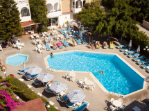 Kassandra Family Apart Hotel 3*