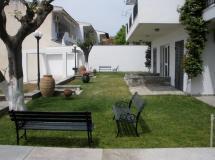 Alexandros Apartments 3*