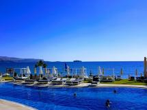 Kiani Beach Resort
