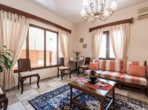 Iro Apartments