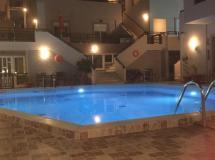 Отель Kristi Apartments