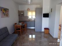Kavousanos Apartments