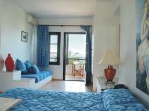 Отель Bomo Assa Maris Beach Hotel