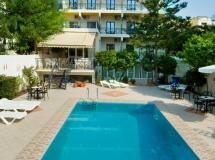 Bakos Hotel  3*