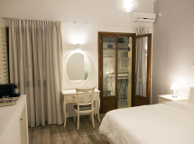 Отель Shalom Luxury Rooms