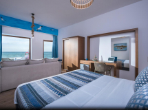 Yianna Caravel Hotel 2019