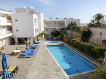 Antonis G Hotel Apartments 3*