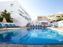 Flora Maria Hotel & Annex 3*
