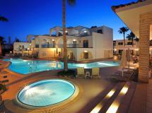 Petrosana Hotel Apts 3*