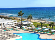 Pierre Anne Beach Hotel 3*