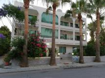 Marianna Hotel Tourist Apartments 3*