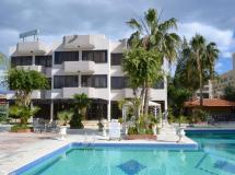 Tasiana Star Hotel Apts 2*