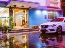 Sanya Tropical Island Hotel 2*