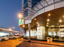 Holiday Inn Dubai Al Barsha 4*