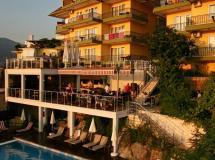 Bella Vista Suite Hotel 2020