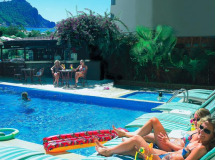 Aroma Hotel 2020