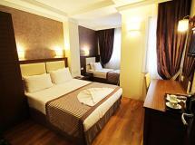 Aristocrat Hotel 2020