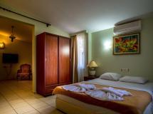 Отель Bade Hotel