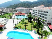 Pineta Club Hotel 4*