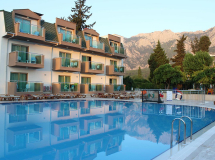 Royal Batont Hotel (ex. Batont Garden Resort; Visage Luxe Resort Hotel) 4*