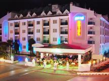 Epic Hotel & Apartments 3*