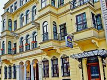 Adonis Palace Hotel 4*