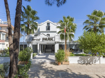 Forest Park Hotel 3*