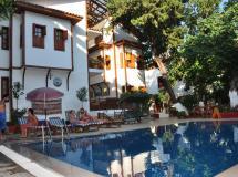Kaliptus Hotel 2*