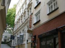 Zlaty Sloup Hotel 3*