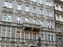 Alfons Hotel 4*