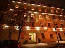 Susa Aparthotel 3*