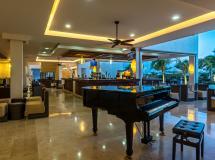 Отель Ocean Casa Del Mar