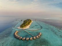 Komandoo Maldives Island Resort 4*
